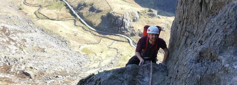 learning to lead multi pitch rock climbing in Snowdonia